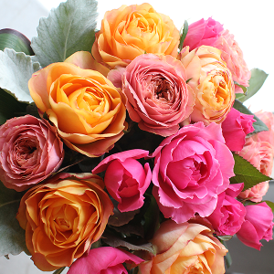 Roses Colonial Style Bouquet